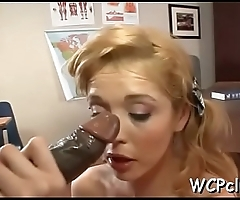 Black bitch with great round gazoo loves to be fucked hard