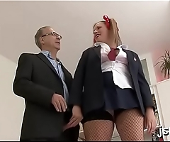 Lewd bitch makes her holes wide open for hardcore fucking