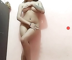 Asian dance with perfect body