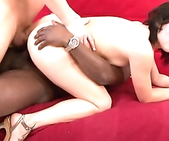 DP slut Lucy Bell gets her arse rammed hard by two cocks to get mouthful of cum