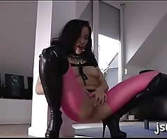 Slut with flawless body gets the larger dick than expected