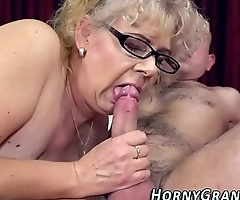 Spex grannies face jizzed